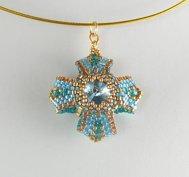 Reversible Pendant 3 Aqua Chry Bead Kit 1